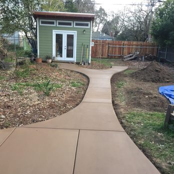 concrete walkway in Sacramento