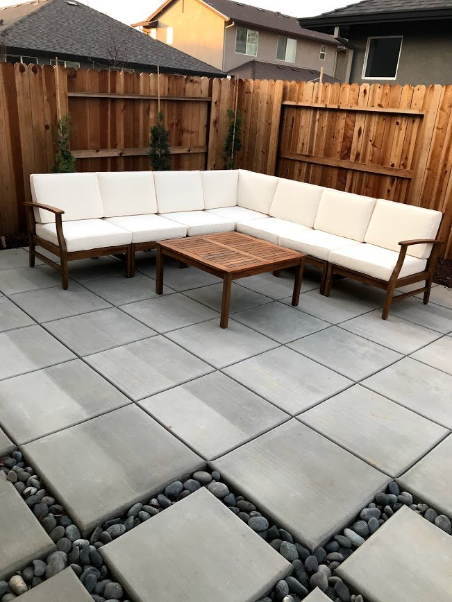 new patio using concrete